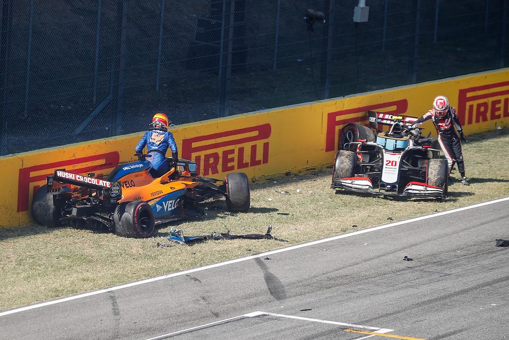Sainz and Magnussen crashed during Tuscan GP 2020