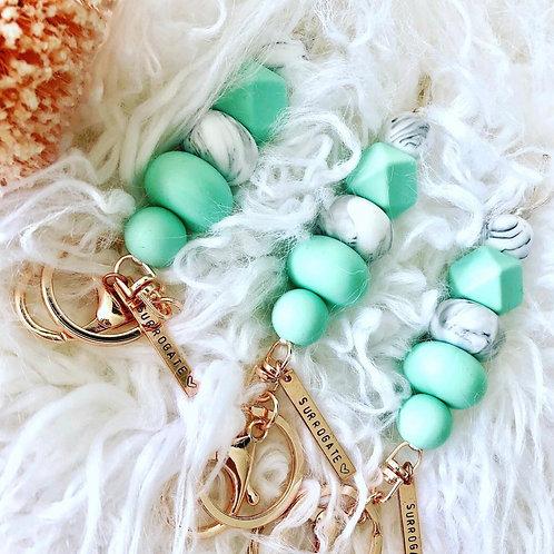Surrogate Key & Bag Chain