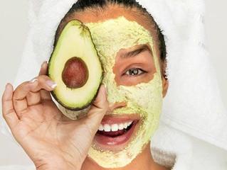 Mascara de Abacate para pele seca e sensível