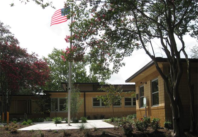 Elgin Community Center 12 Antenora