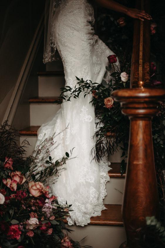 Timeless Bridal Portrait - Ashley Vandervelde Photography