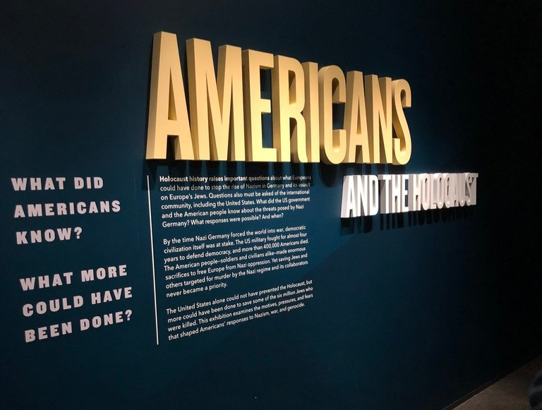 Visitors are welcomed into the exhibit by text that is similar in style and content to their online exhibit.