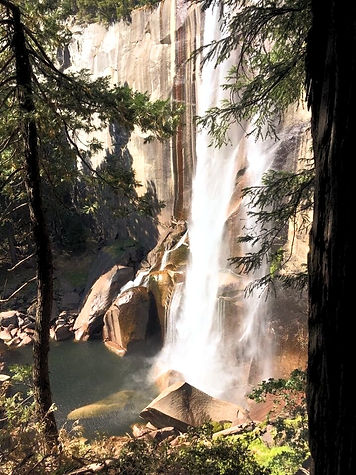 Yosemite%20Waterfall_edited.jpg
