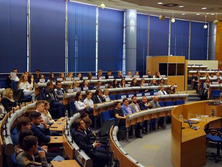 Młodzieżowa Akademia Samorządowa - ruszamy z konferencjami!