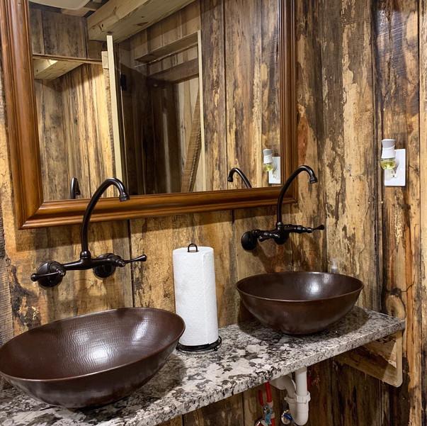 Men's restrooms new 2020