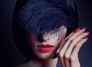 beauty-brunette-PAS3CT3.jpg
