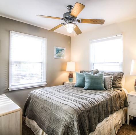 Upstairs Bedroom 3 (Full)