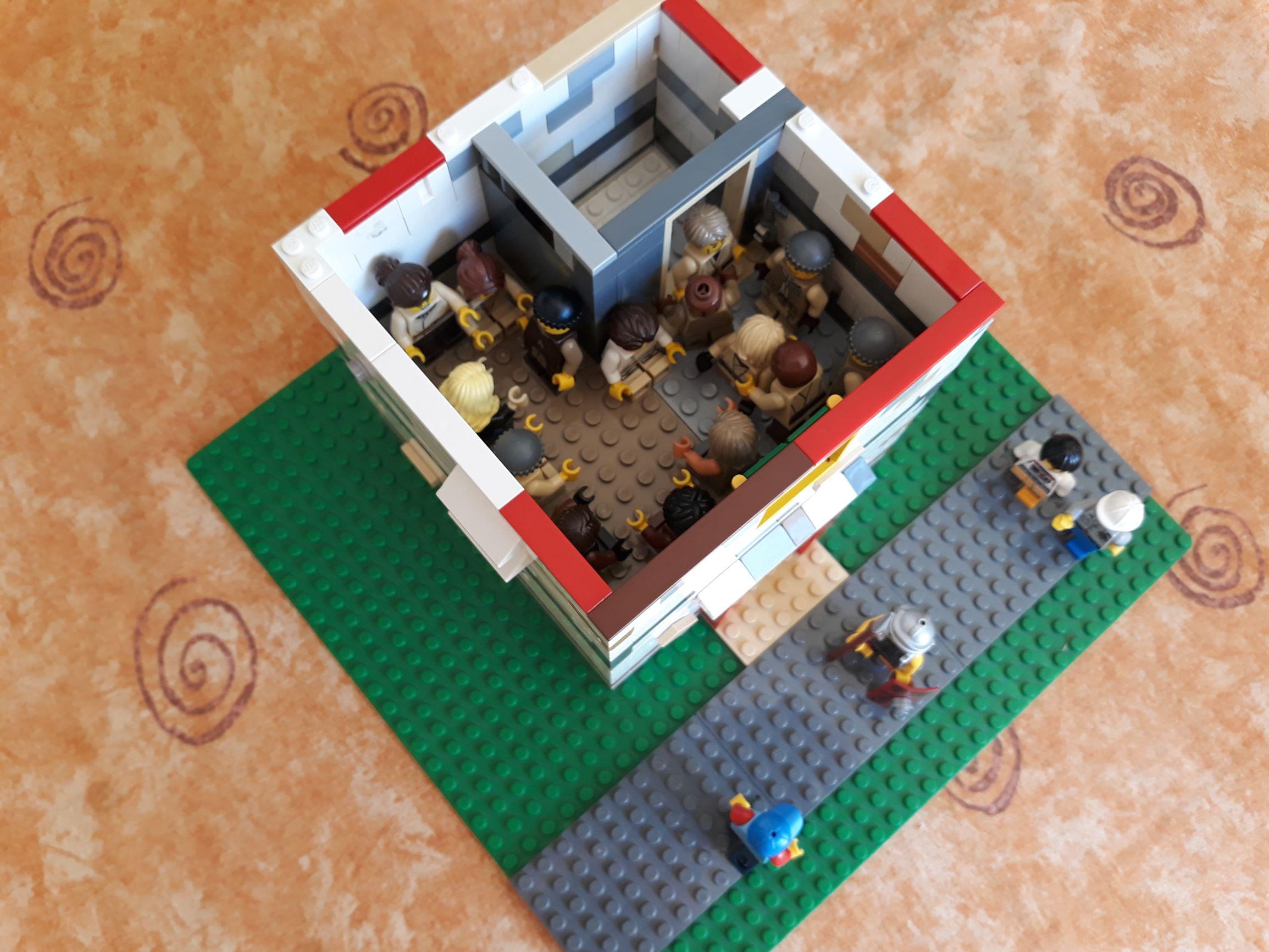Dav's Pentecost House (4)