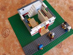 Dav's Pentecost House (2)