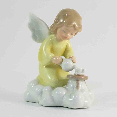 "Фарфоровая статуэтка ""Ангел"""