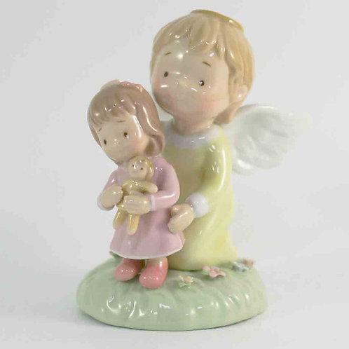 """Фарфоровая статуэтка """"Ангел-хранитель"""""""
