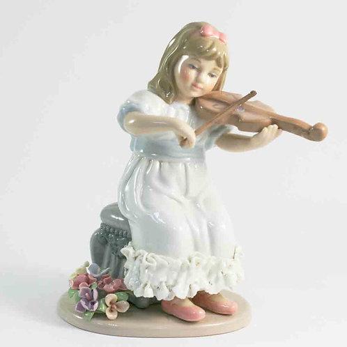 """Фарфоровая статуэтка """"Девочка со скрипкой"""""""