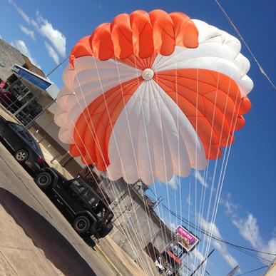 parachute 002.jpg