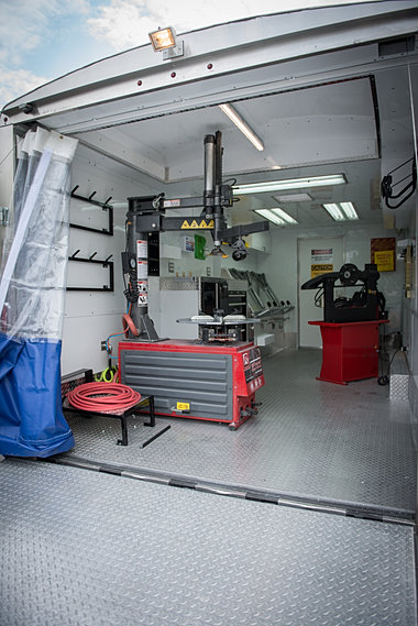 Mobile Tire Service >> Custom Upfits |Mobile Wheel Repair Franchise