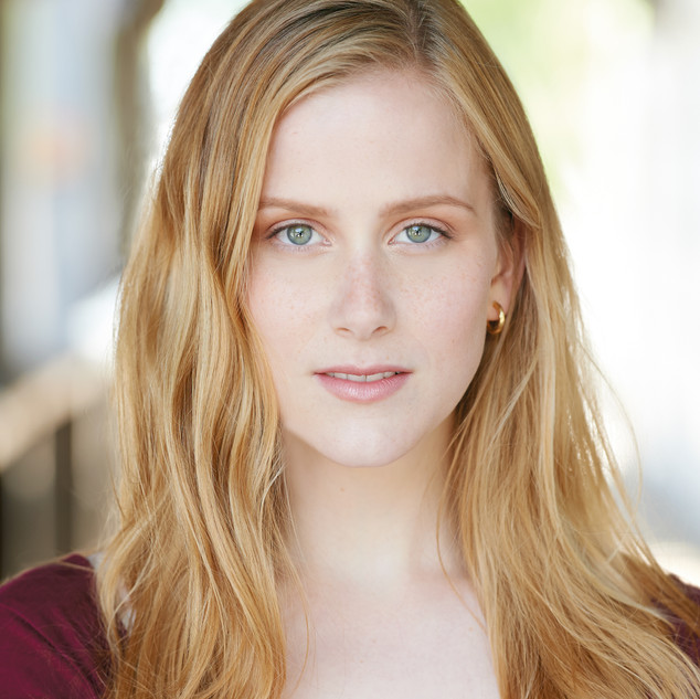 Christina Fox (Dr. Givings)