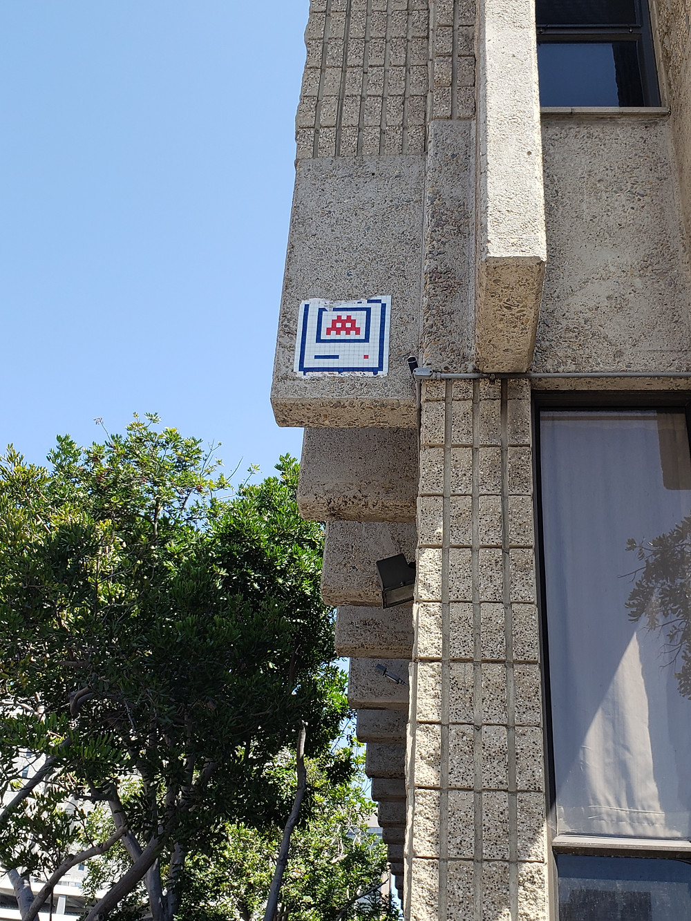 SD_05, one of the only remaining Invader pieces in San Diego.