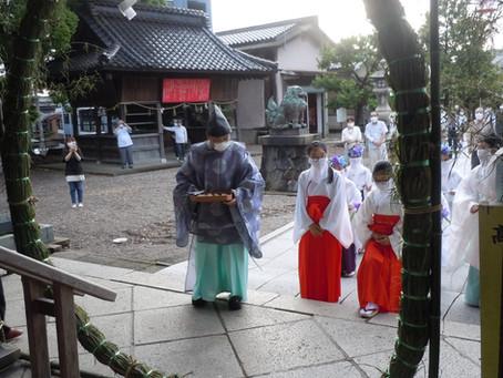 夏越の大祓式を斎行いたしました。
