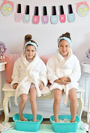 In Home, Mobile Spa Party St. Louis for Girls Teens,