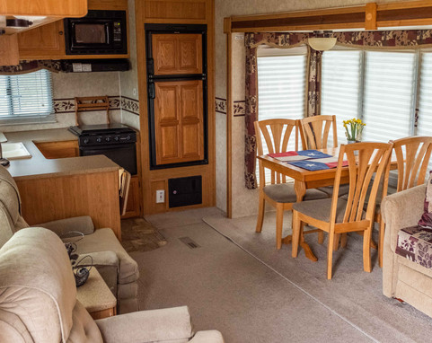 Valley_View_Ranch_stay_camper
