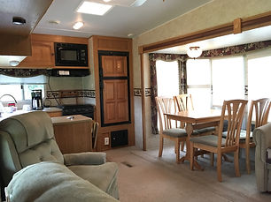 RV Suite Living Room