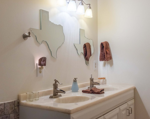 Valley_View_Ranch_stay_bathroom