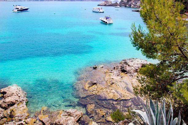 calvia-cala-fornells-turquoise-mediterra