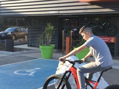 Matteo, en stage chez Véloland Perpignan!
