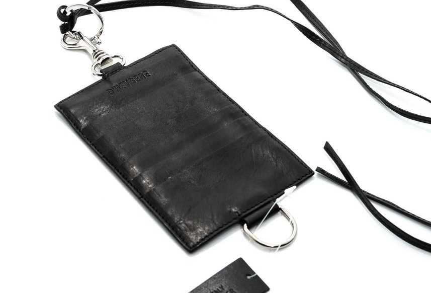 D'HEYGERE / Passport Holder / Black