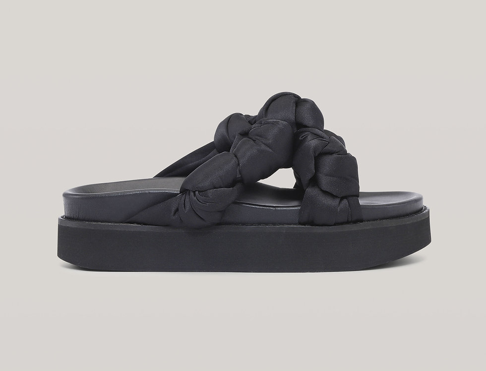 GANNI /  Recycled Satin Mid Knotted Sandal / Black