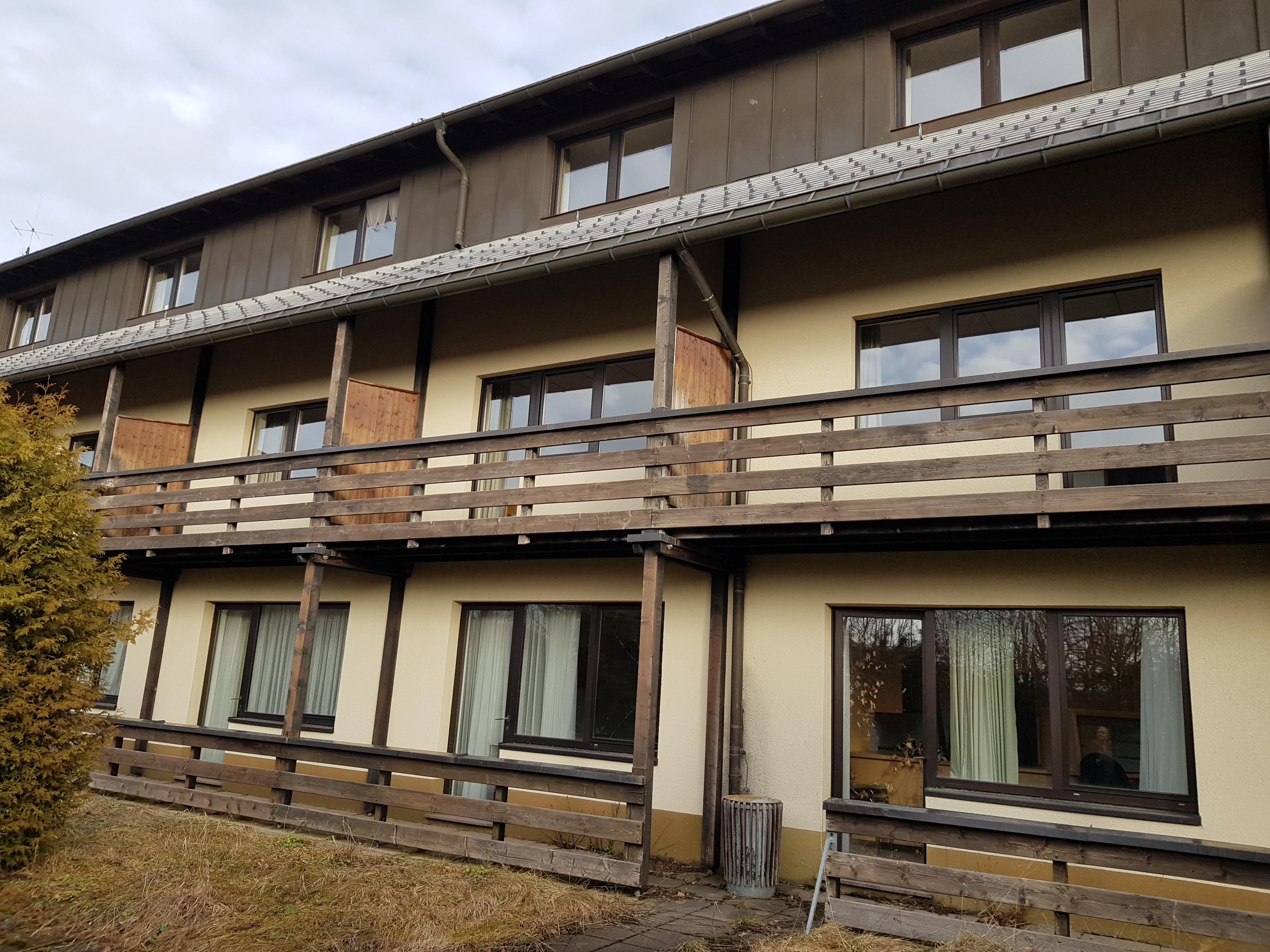 Ponyhof Balkone