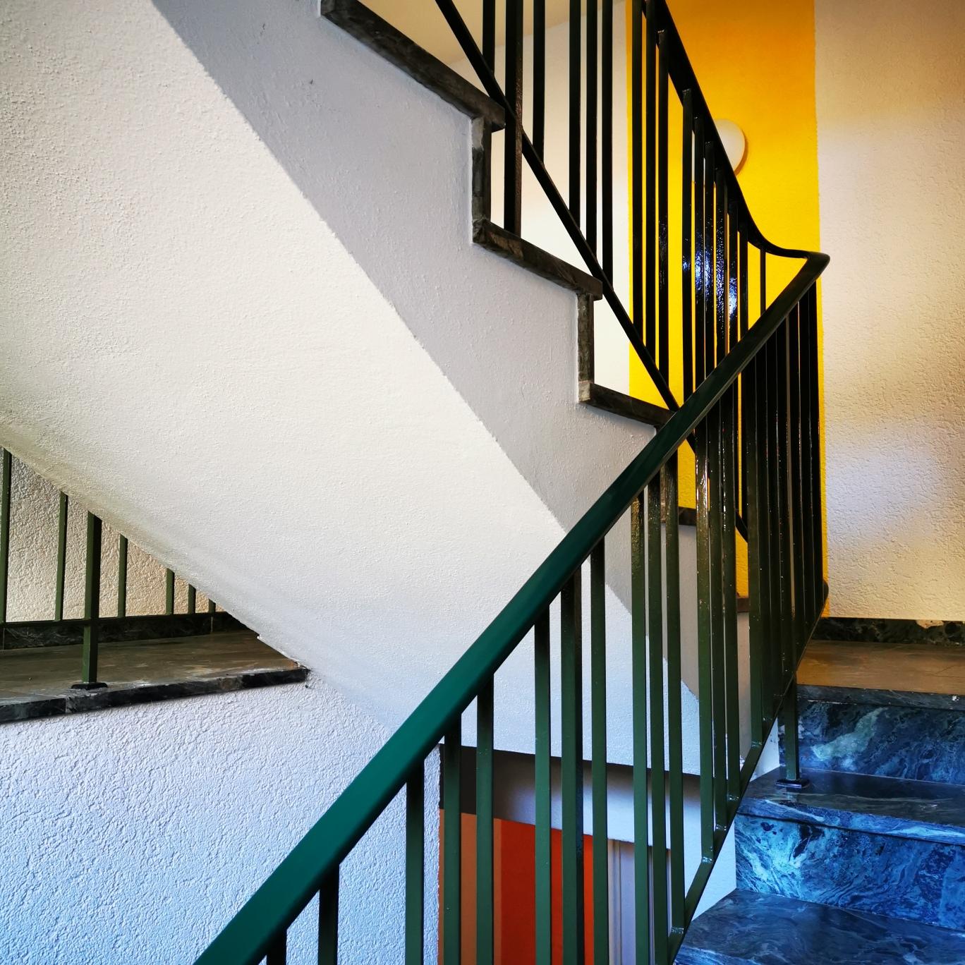 Ponyhof Treppe innen