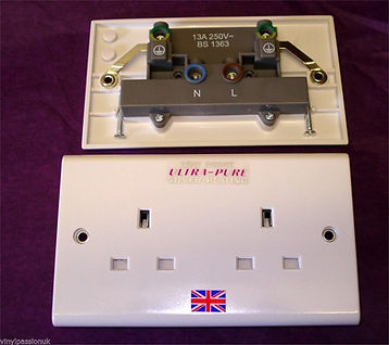Missing Link Silver wall socket