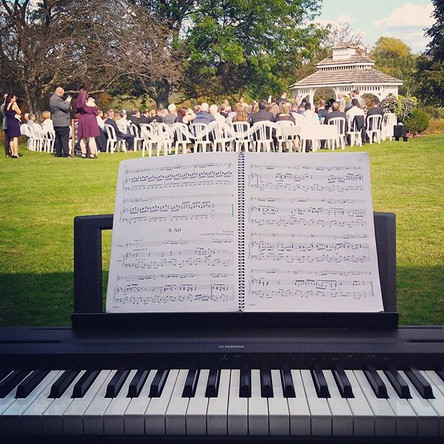 Why Live Music is the Best Choice for Your Wedding Ceremony