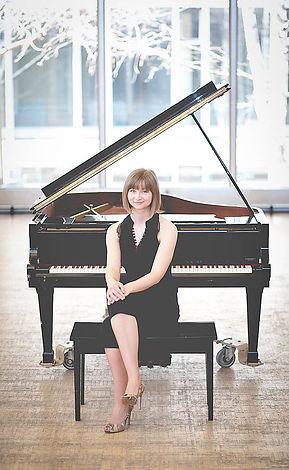 Liz Craig Pianist Toronto Wedding Event Music Classial Jazz pianist jazz pianist