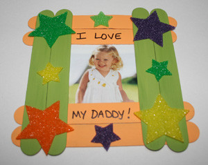 popsicle-stick-picture-frame.jpg