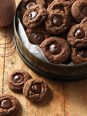 a-cookie-swap-spiced-chocolate-molasses-