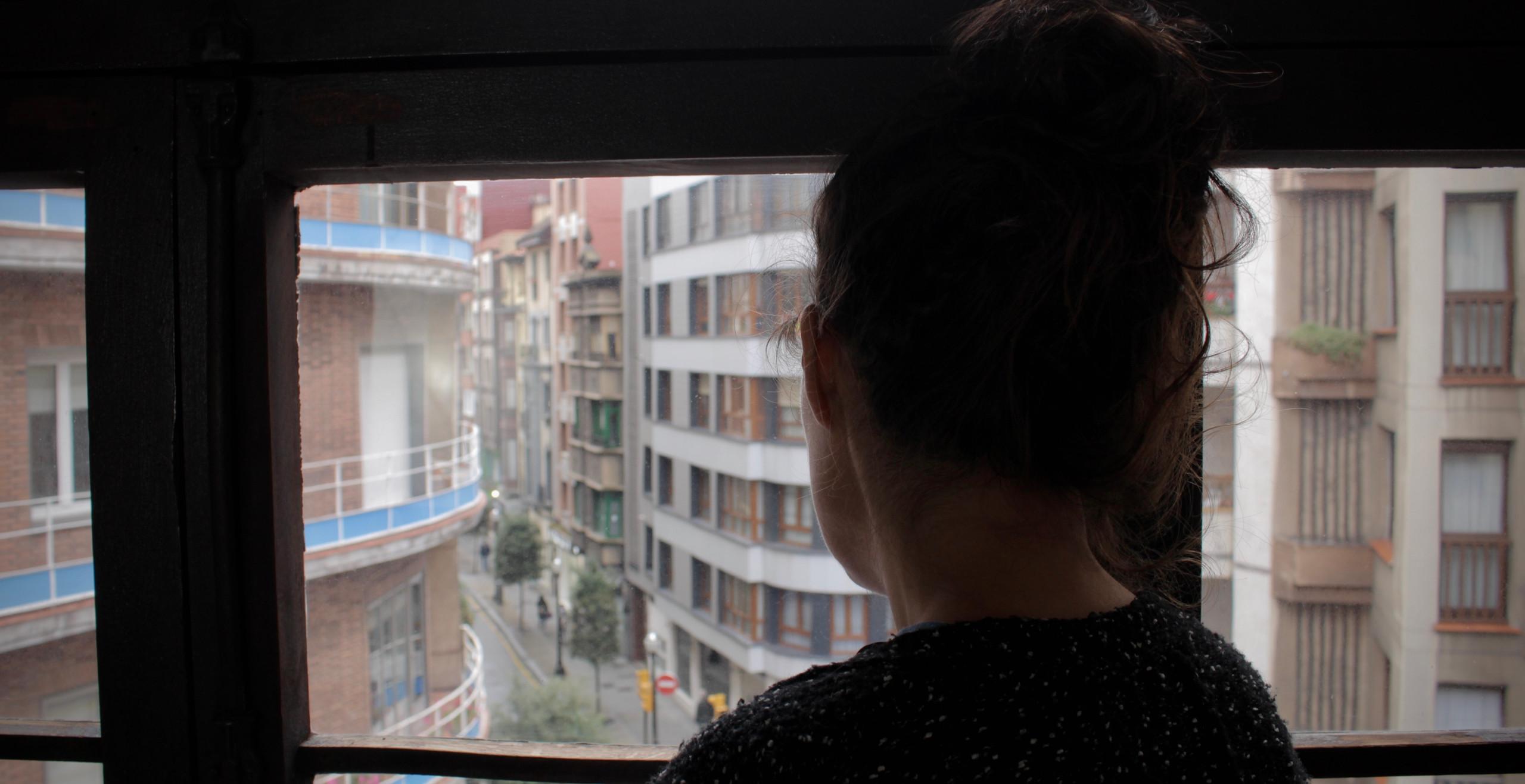 Rebeca en la ventana