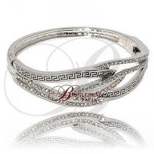 Bracelet zig zag noir combine de strass