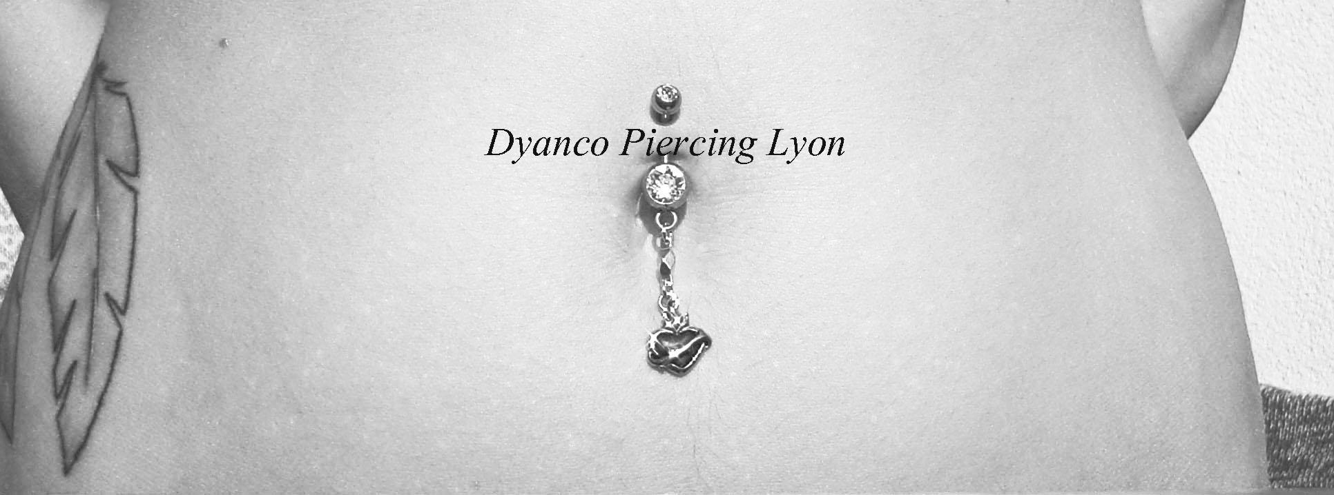 piercing_nombril_coeur_sacré_-_N.jpg