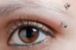 Piercing arcade et cicatrisation