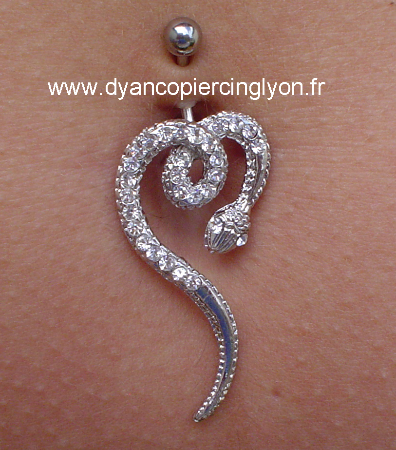 piercing nombril serpent 02.jpg