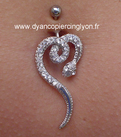 piercing nombril serpent 02.jpg