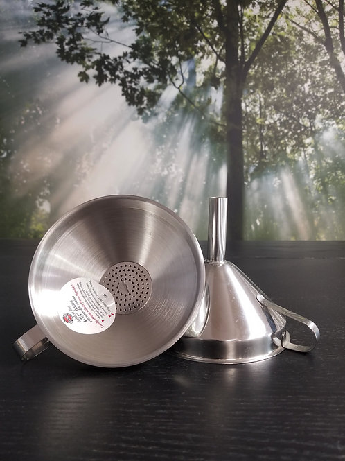 """Funnel with Strainer 5"""""""