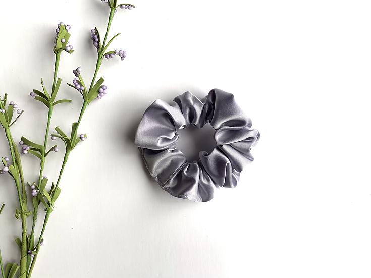 The Lilac Scrunchie