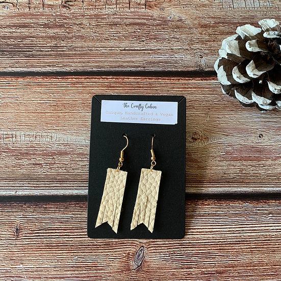 Cream Bar Frill Earrings