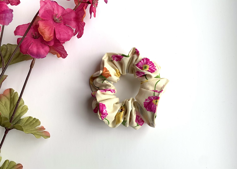 The Bees & Blooms Scrunchie