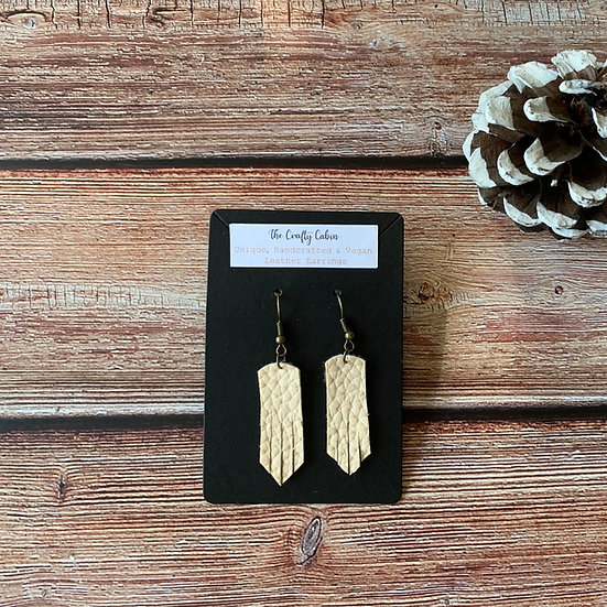 Cream Pointed Frill Earrings
