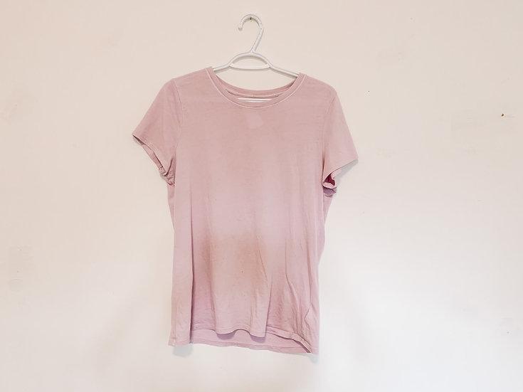 Lavender T-Shirt - Women's Medium - Gap