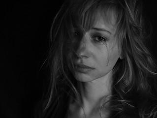 ¿Qué debo hacer si soy victima de violación o conozco a alguien que lo está siendo?