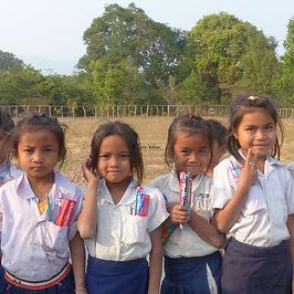 sourires des rizières, Eric Ythier, laos-humanitaire-aide-enfants-éducation-agriculture-don-ong